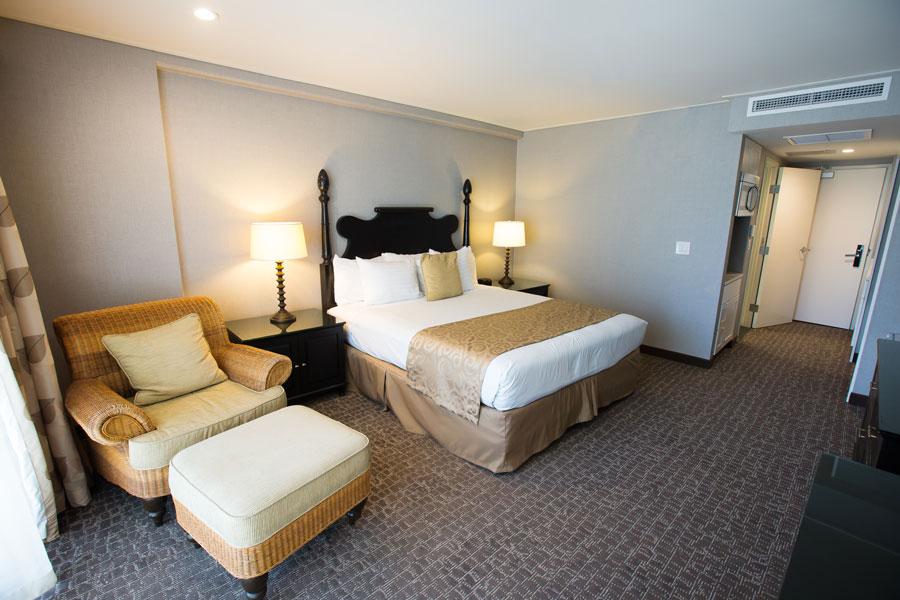 Polynesian Residences King Bed Room
